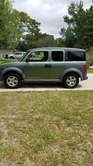 2005 Honda Element EX AWD(Price is negotiable) for Sale in Gainesville, FL