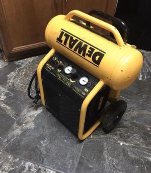 DeWalt Air Compressor for Sale in Humble, TX