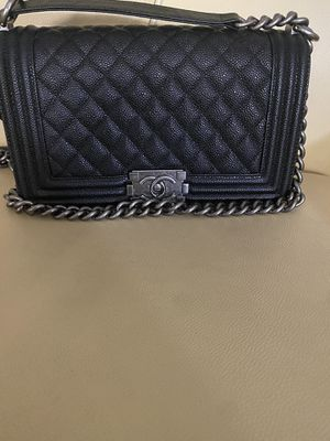 Chanel caviar boy bag! for Sale in Glendale, CA