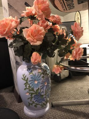 Vase with artificial flowers for Sale in Pepper Pike, OH