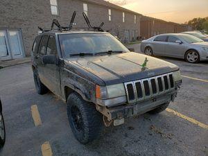 1998 Jeep grand Cherokee Laredo for Sale in Richmond, KY