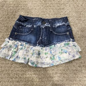 Girls Skirt Size 4t Adjustable Waist for Sale in Fountain Valley, CA