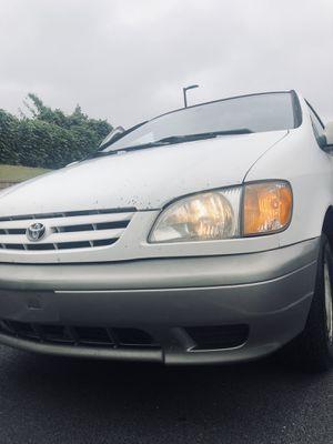 2002 Toyota Sienna for Sale in Lilburn, GA