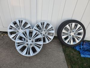 4 - 20 inch Chevy Rims for Sale in Flat Rock, MI