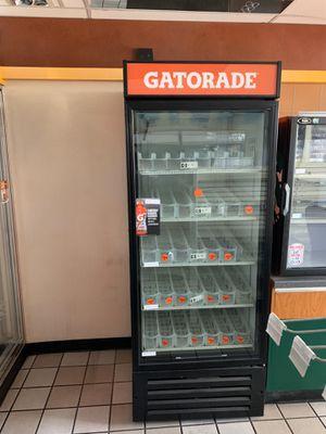 Gatorade refrigerator for Sale in Winter Garden, FL