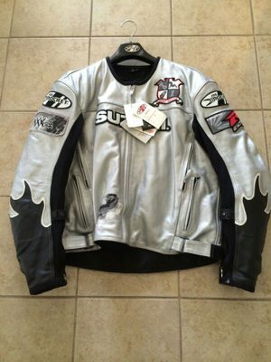 Brand new Joe Rocket Suzuki leather jacket size XL for Sale in Fort Leonard Wood, MO