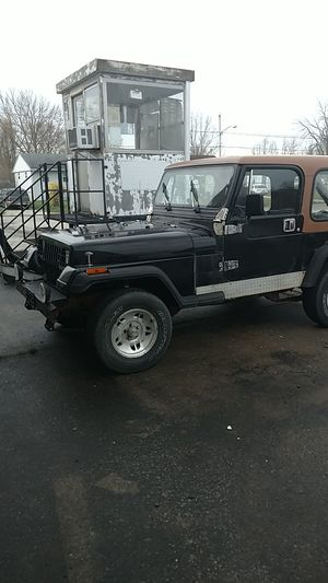 1991 Jeep Wrangler 4cyl 4x4 5 speed for Sale in North Ridgeville, OH