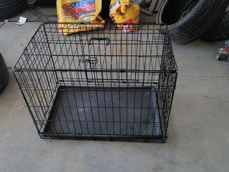 Dog Cage Medium for Sale in Laveen Village,  AZ