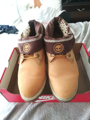 MEN'S CLASSIC FLIP DOWN TIMBERLANDS for Sale in San Leandro, CA
