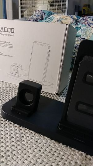 Wireless Charger for iPhone 8 and Up for Sale in Mission, KS