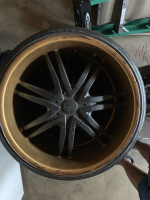 Used 23's black and gold tire and rims for Sale in Fontana, CA
