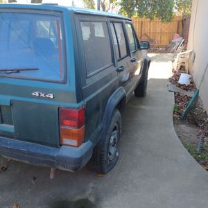 Jeep Cherokee 4×4 I6 4.0 for Sale in Newman, CA