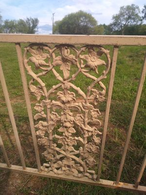 Mid Century Cast Iron Railings for Sale in Kennedale, TX