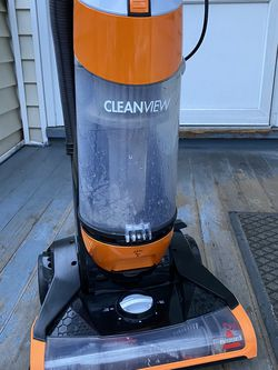 Bissell vacuum for Sale in Waltham,  MA