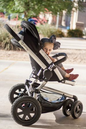 Quinny buzz and maxi cosi mico max travel system for Sale in Vancouver, WA