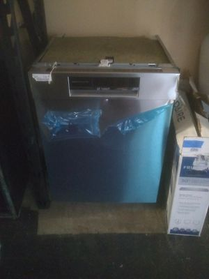 Bosch dishwasher stainless steel kitchen and home appliances for Sale in San Diego, CA