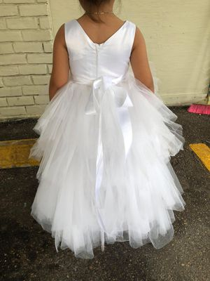 Flower girl dress size 6 for Sale in Houston, TX