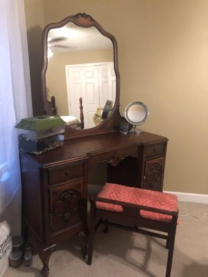 Antique Bedroom Set for Sale in Waverly, TN