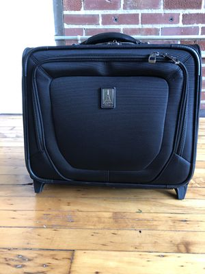 Travel Pro Small Roller Carry On for Sale in St. Louis, MO