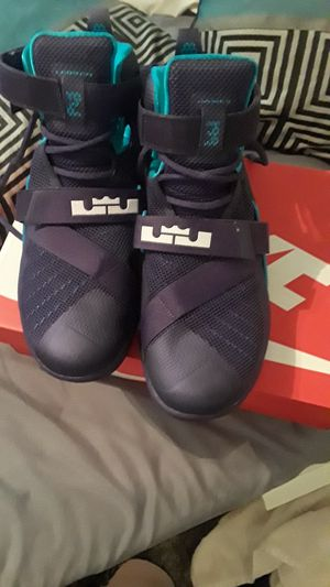38d088870d9 Lebron James Size 9 1 2  100 obo for Sale in Kissimmee