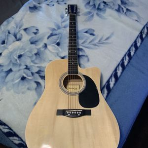 huntington acoustic Guitar for Sale in Buena Park, CA