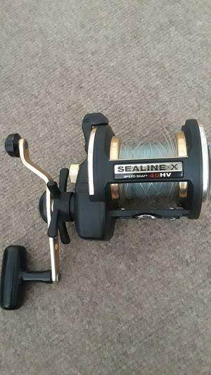 Fishing saltwater reel Daiwa sealine X40HV, like new. for Sale in Riverside, CA