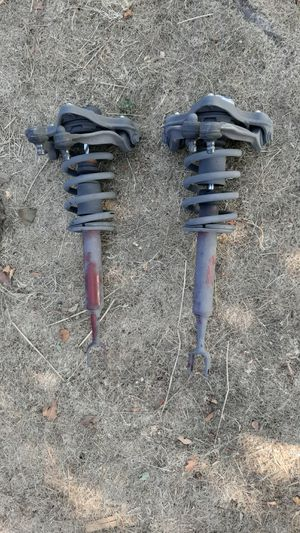 Oem 2005 audi a4 wagon complete struts. I didnt want my car lowered so I swapped them. for Sale in Salinas, CA