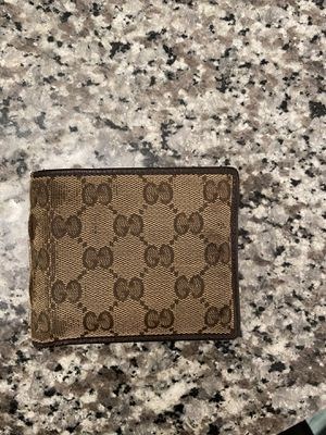 Gucci wallet (used) for Sale in Hanover, MD