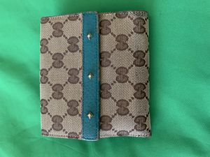 Authentic Trifold Gucci Wallet for Sale in Ewa Beach, HI