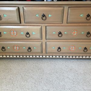Head Board, Dresser And End Table Set for Sale in Quincy, WA