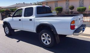 VERY NICE SHAPE TOYOTA TACOMA 2003 for Sale in Cleveland, OH