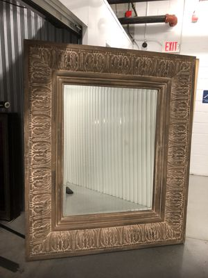 HUGE Mirror! This is amazing mirror Ornate Detail for Sale in Orlando, FL
