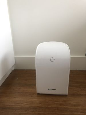 Small space dehumidifier for Sale in New York, NY