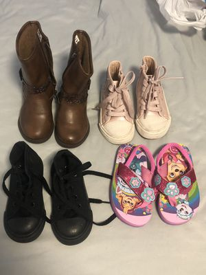 Girls shoes size 7 for Sale in Miami, FL