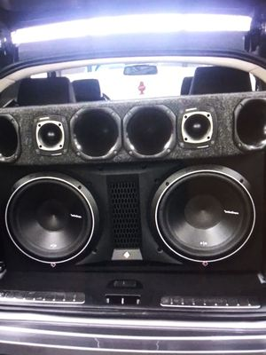 Car audio installation for Sale in Sterling Heights, MI