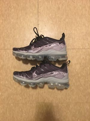 Nike Vapormax Plus Grey for Sale in Detroit, MI