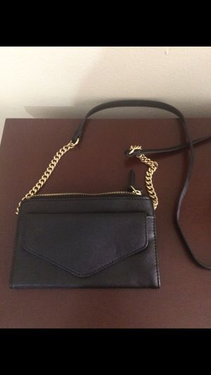 Express Black Small Crossbody Bag for Sale in Hialeah, FL
