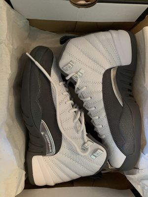 Air Jordan retro 12 DS Size 5Y for Sale in Fife, WA