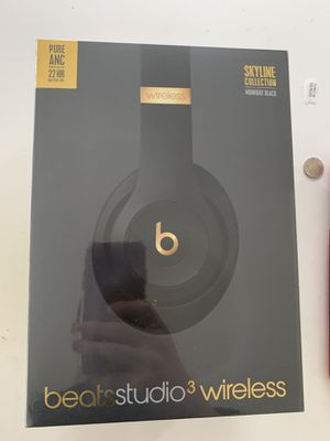 Beats studio 3 skyline collection midnight black for Sale in Seattle, WA