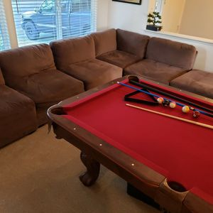 Very Comfortable Large Sectional Couch for Sale in Bellevue, WA