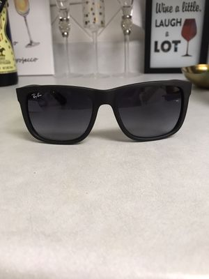 Authentic Rayban Wayfarer Sunglasses for Sale in Rockville, MD