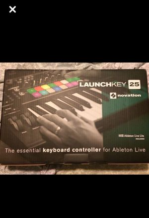 Launch key 25 beat machine for Sale in Pasadena, TX