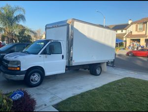 2006 Express box van for Sale in Los Angeles, CA