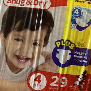 Hugging Diapers Snug And Dry Size 4 .. 4 Packs Available for Sale in Los Angeles, CA