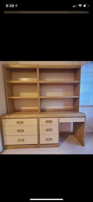 2 piece bedroom set for Sale in Mill Creek, WA