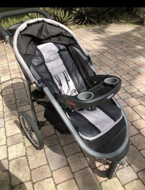 Graco stroller for Sale in Pompano Beach, FL