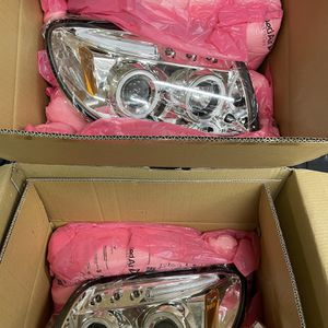 Toyota 4Runner Headlights for Sale in Burke, VA