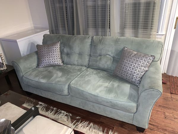 Couch/Sofa set