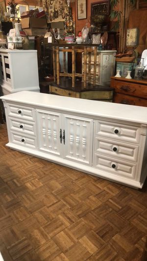 """Long white dresser chest 72"""" pick up or delivery la Mesa for Sale in San Diego, CA"""
