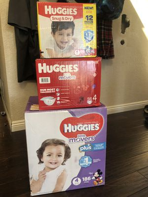 DIAPERS - HUGGIES - sizes 4, 5, 6 - pull ups sizes 2-3t & 4-5t, Huggies NEWBORN for Sale in Lakeside, CA